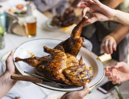chicken-dinner-family