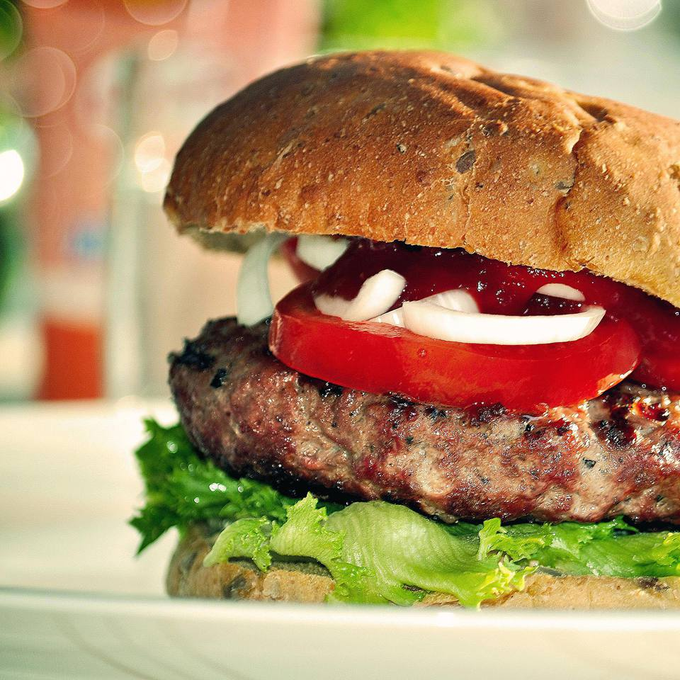 Easy Mushroom-Bacon Cheeseburgers