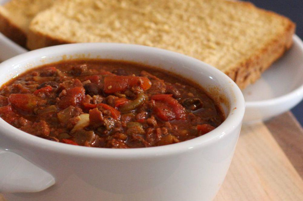 Easy Crock Pot Beef Chili