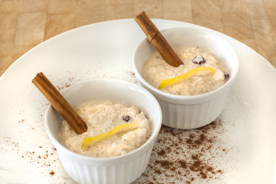 Dishes of arroz con leche