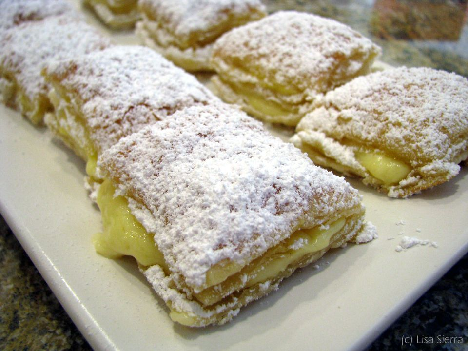 Spanish Cream-Filled Pastries