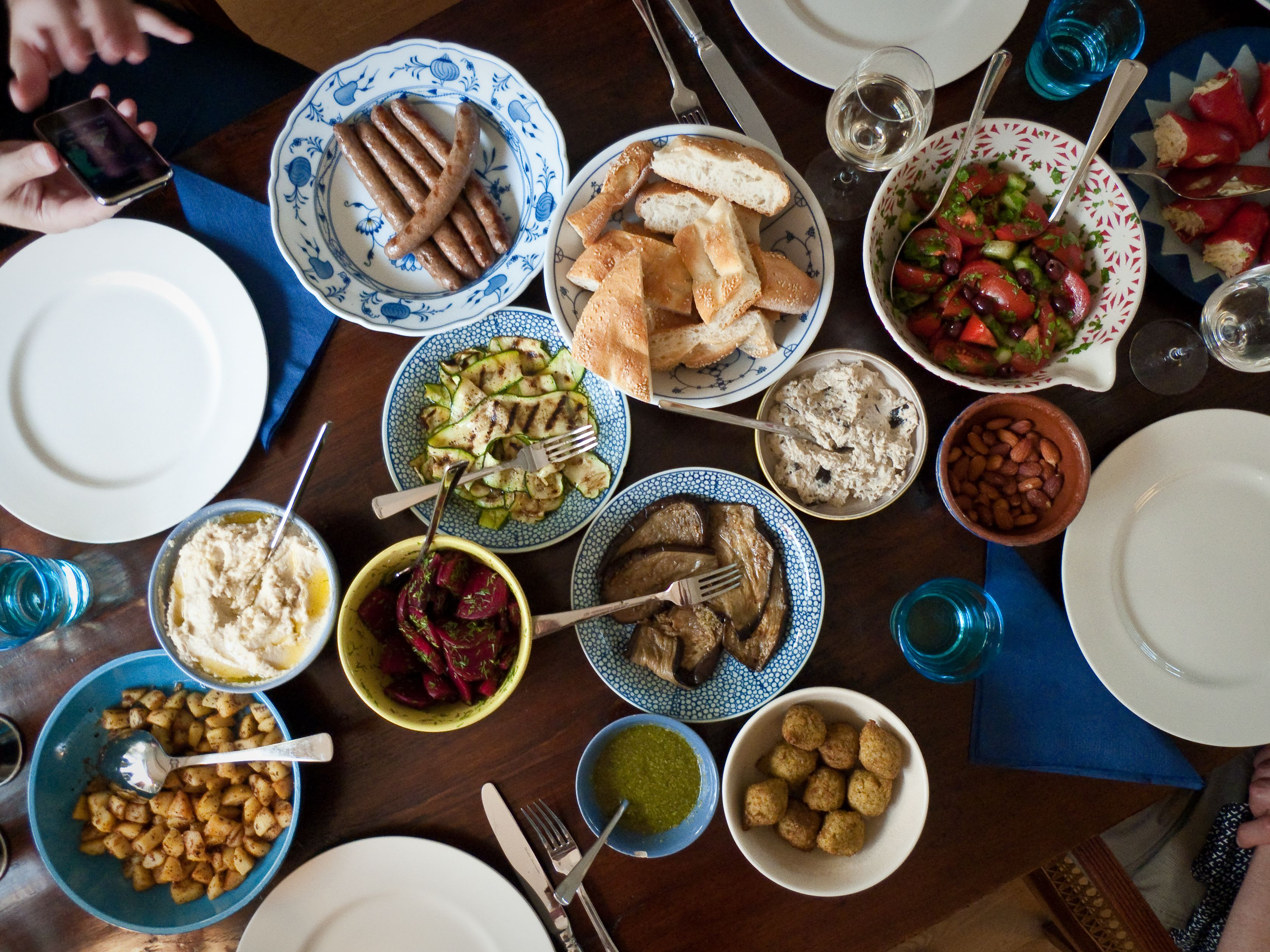 Mezze Meaning In Middle Eastern Cooking
