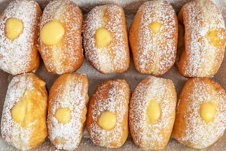 Cream Filled Doughnuts Recipe