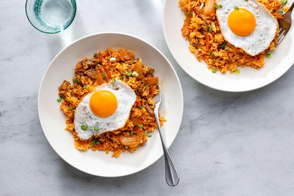 Kimchi Bokumbap: Kimchi Fried Rice