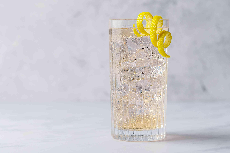 Elderflower Cocktail Recipe With Champagne