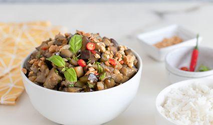 Stir-fried eggplants