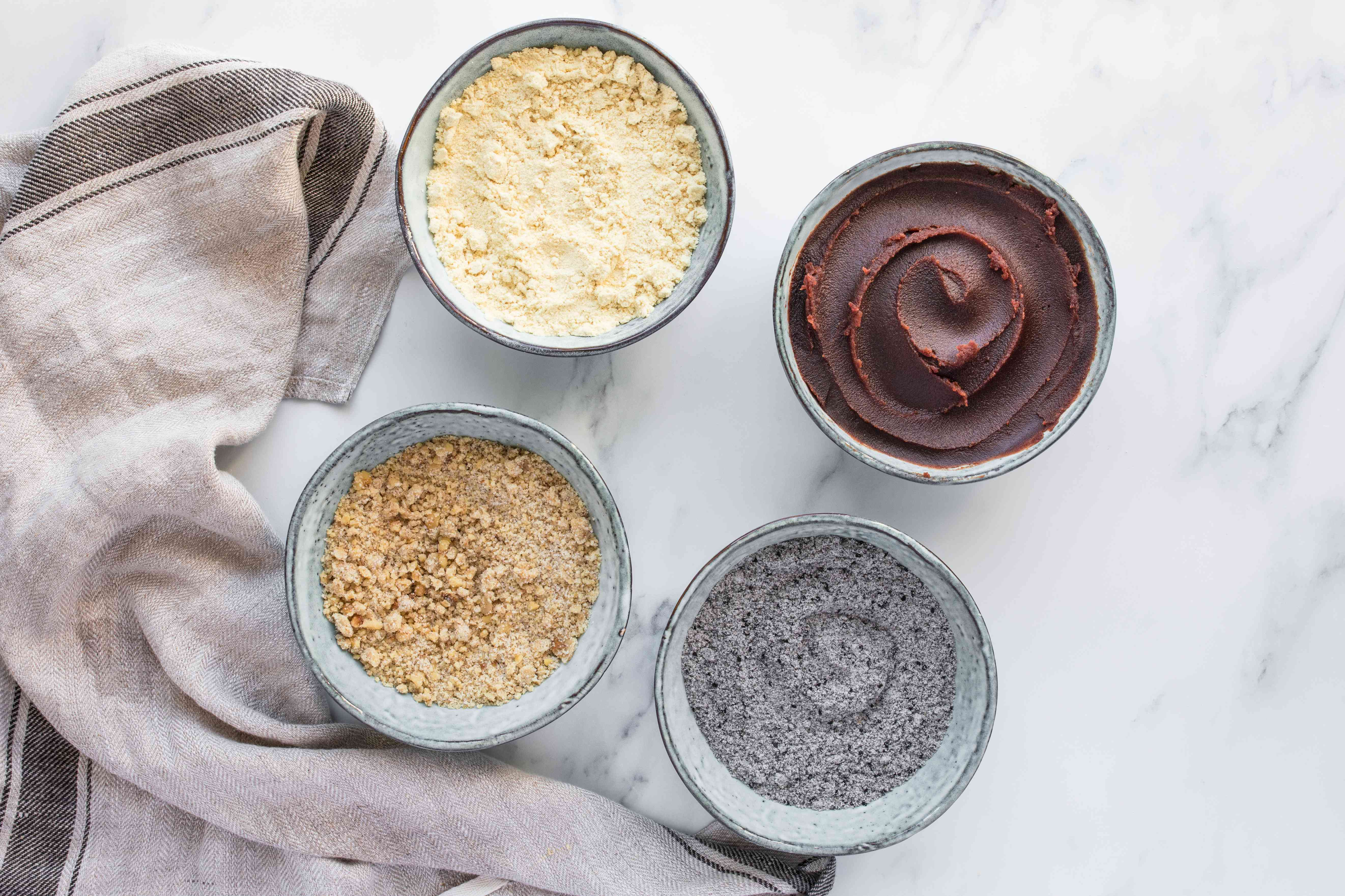 Put prepared toppings in bowls