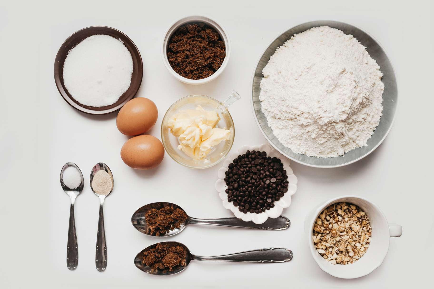 Jumbo Chocolate Chip Cookies Recipe ingredients