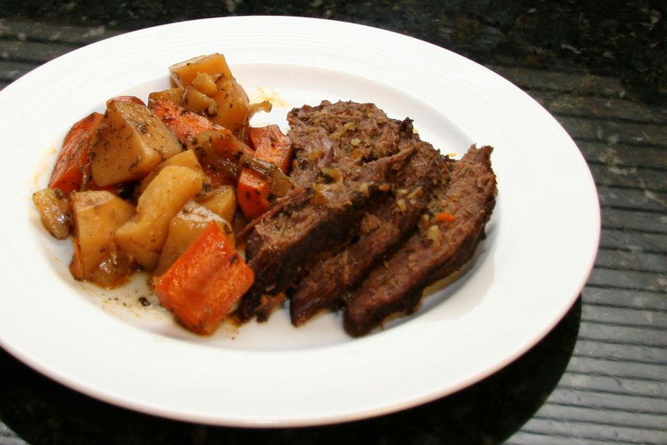 Slow Cooker Tri-Tip Roast