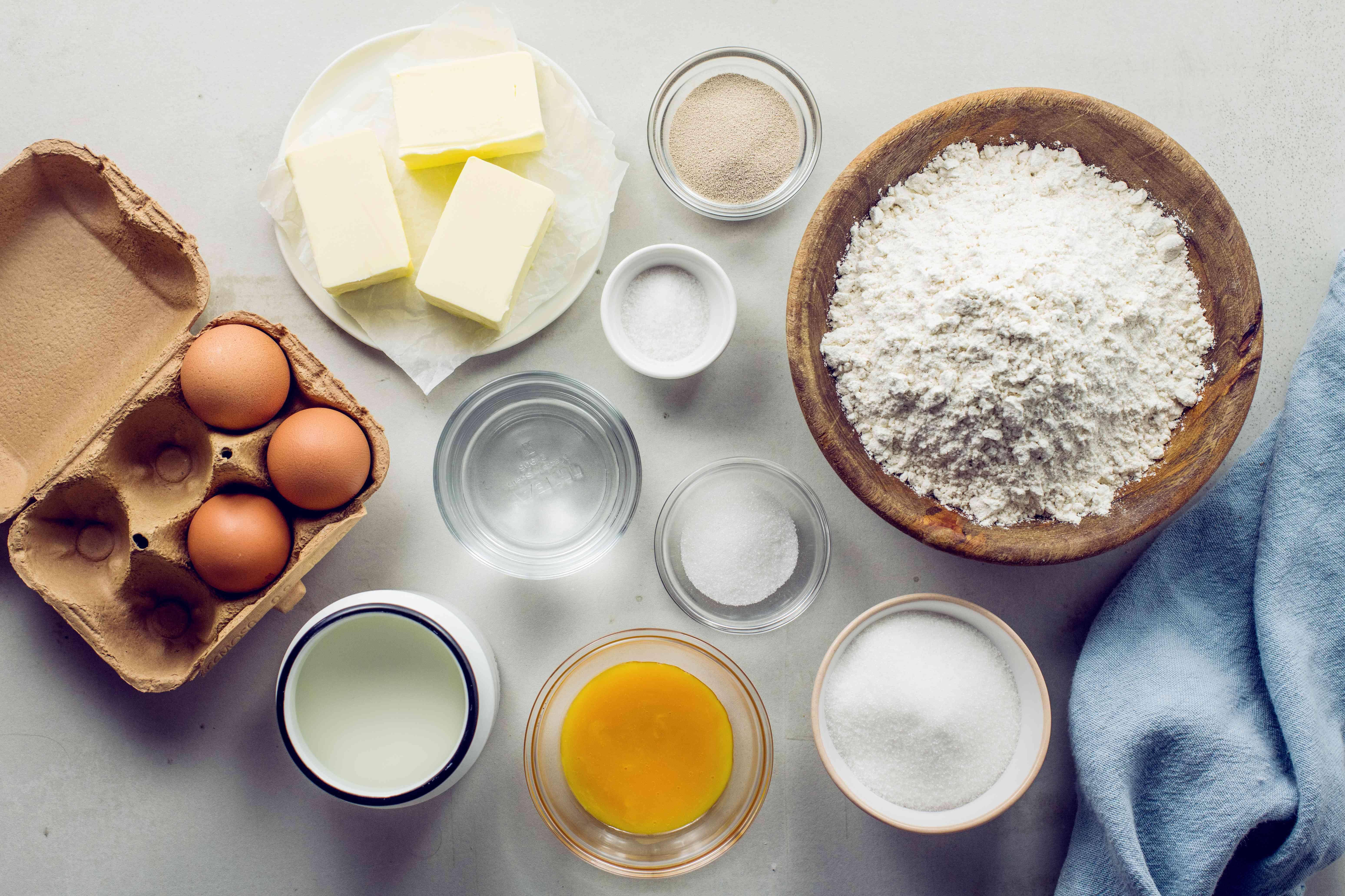 Ingredients for Charlottes slovak Easter bread