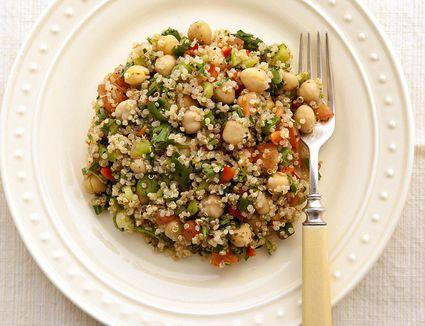 Quinoa, Tuna and Chickpea Salad