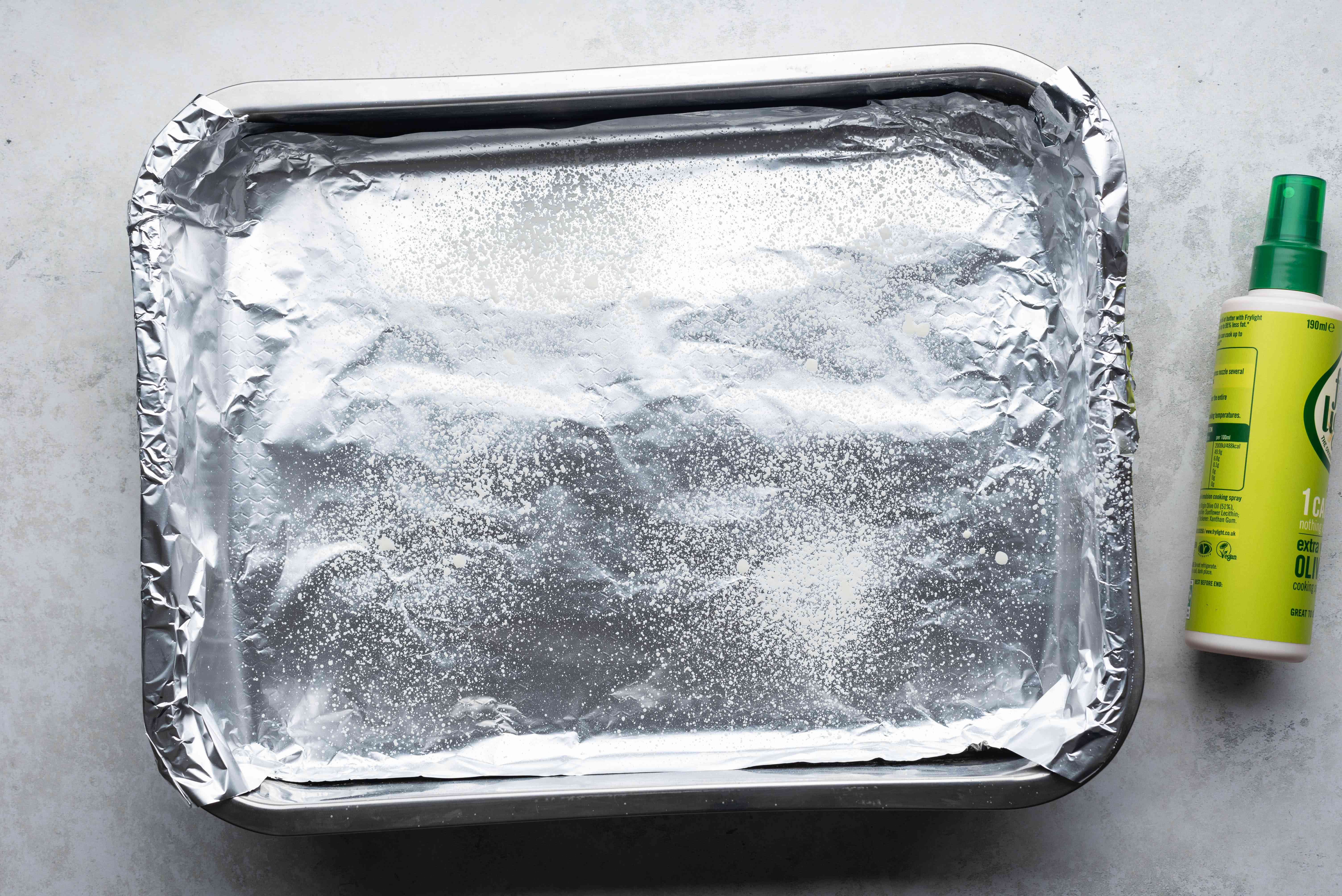 aluminum foil lined baking dish, greased