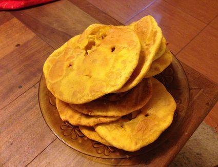 A plate of sopapillas