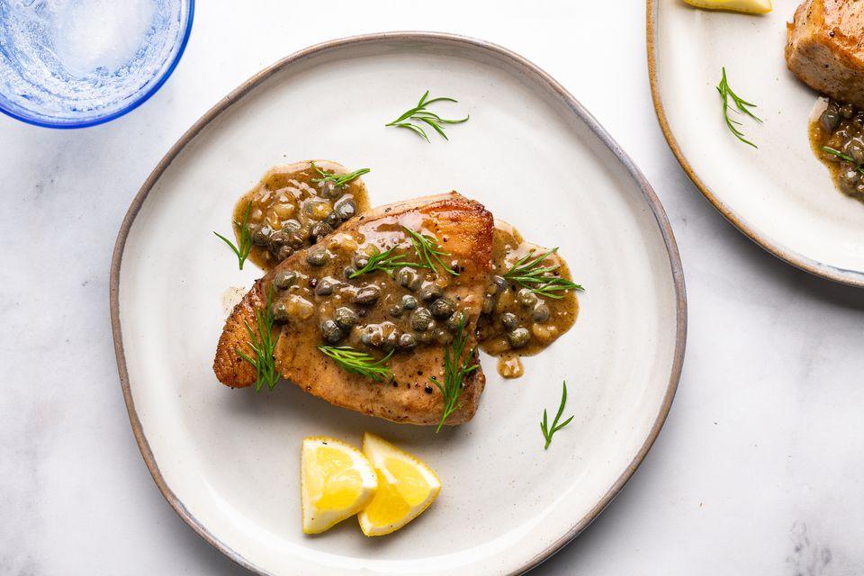 Tuna Steaks With Lemon Cream Sauce
