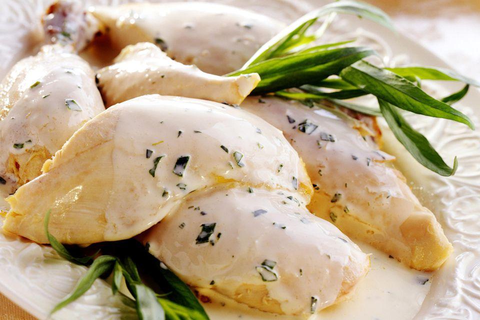 Pollo con salsa de crema de champán