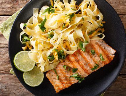 Lemon salmon pasta