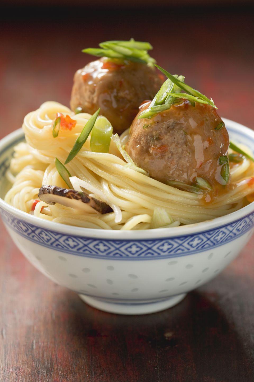 Meatballs on noodles