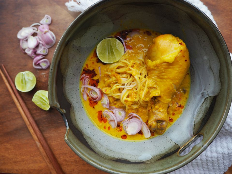 Khao Soi recipe in a bowl