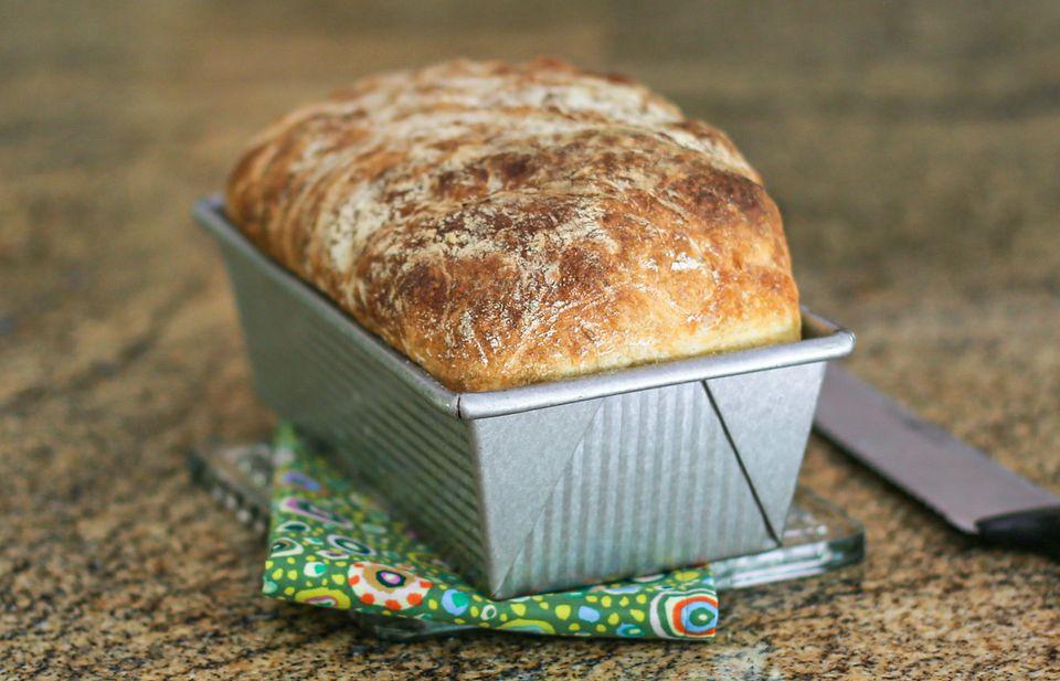 loaf no-knead bread