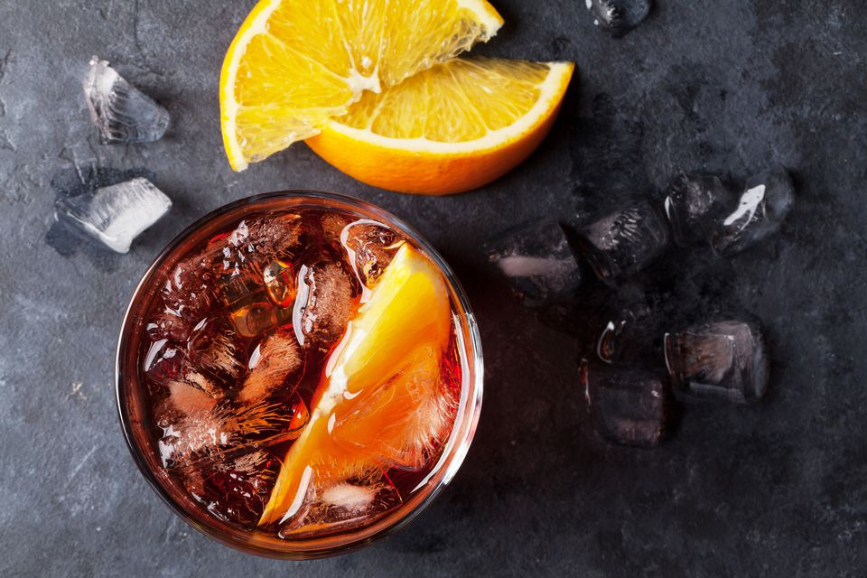 americano cocktail with orange slices