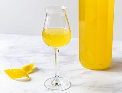 Limoncello (Lemon Liqueur)