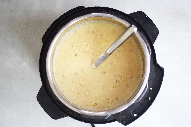instant-pot-potato-soup-4771317-07