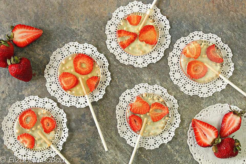 Strawberries and Cream Lollipops