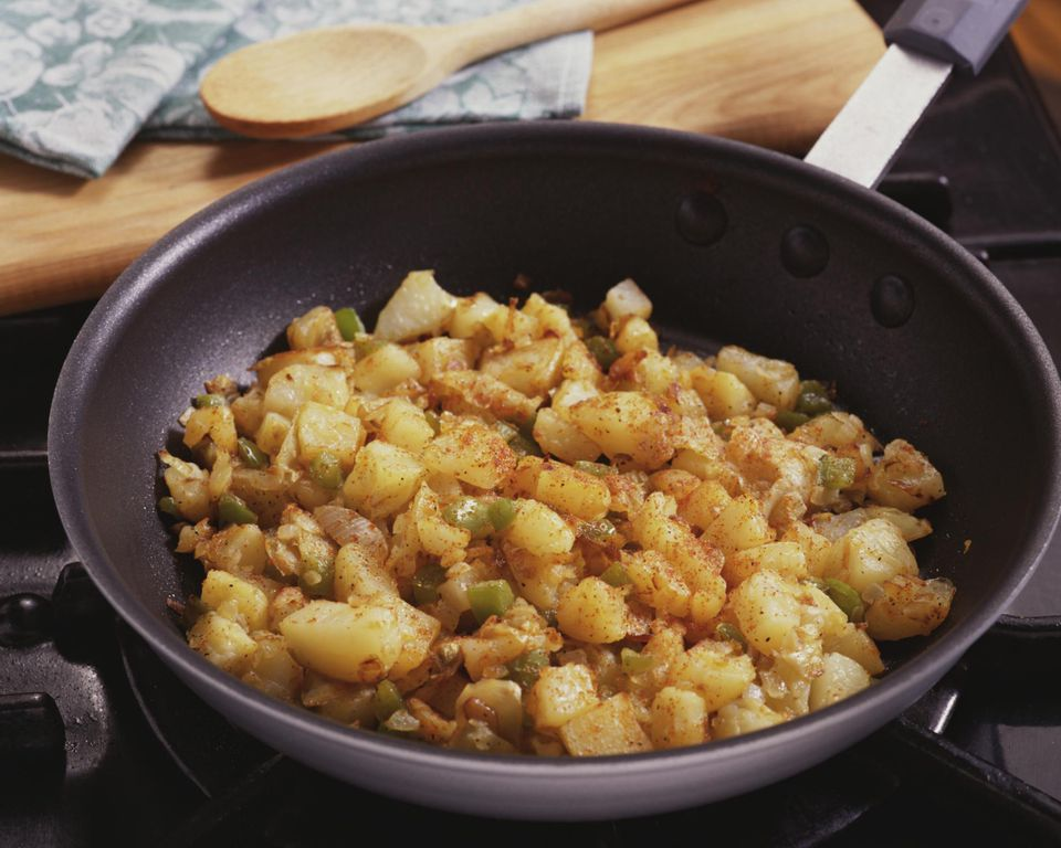 Potatoes o'brien in skillet