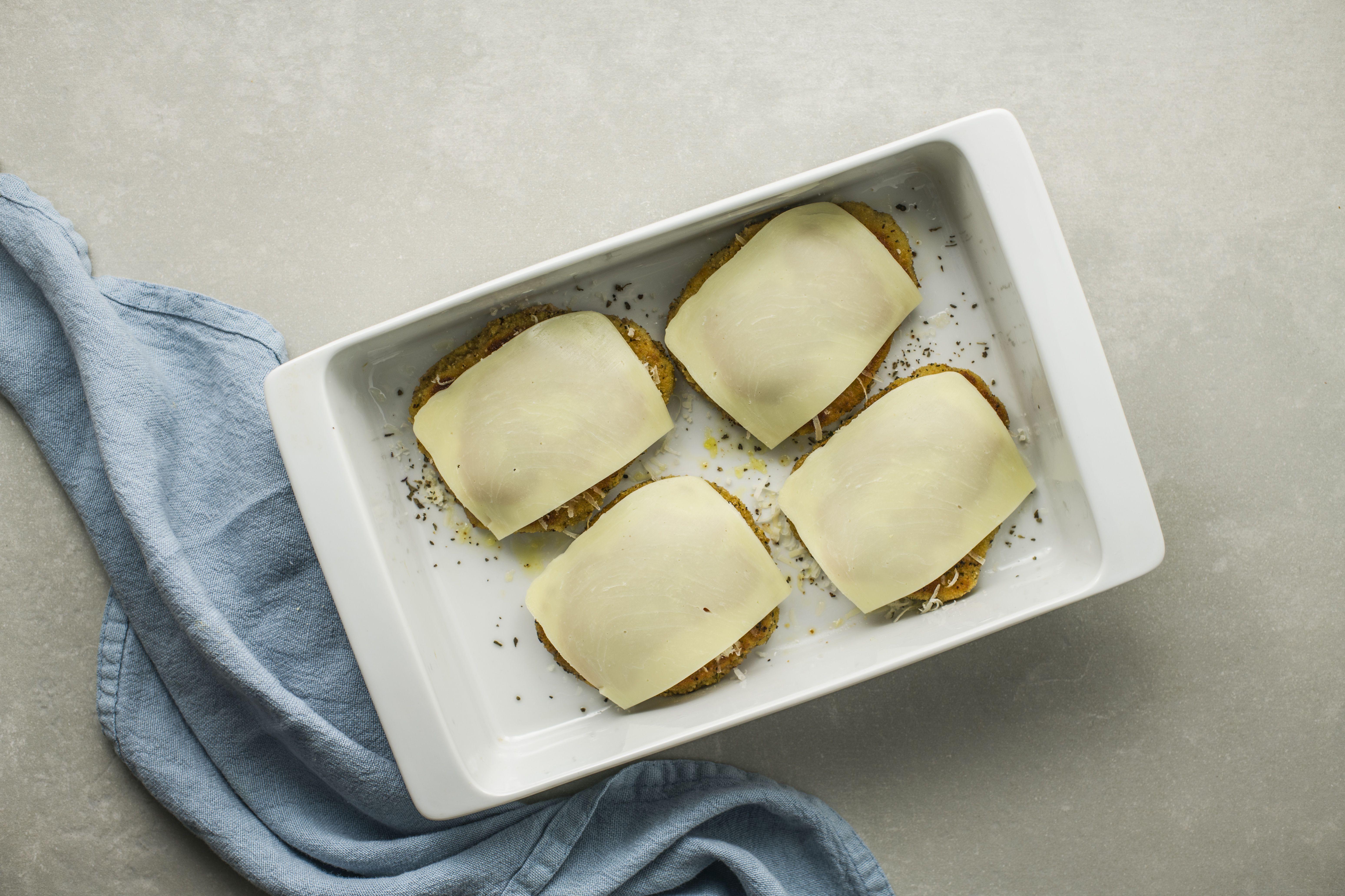 arrange mozzarella over cutlets