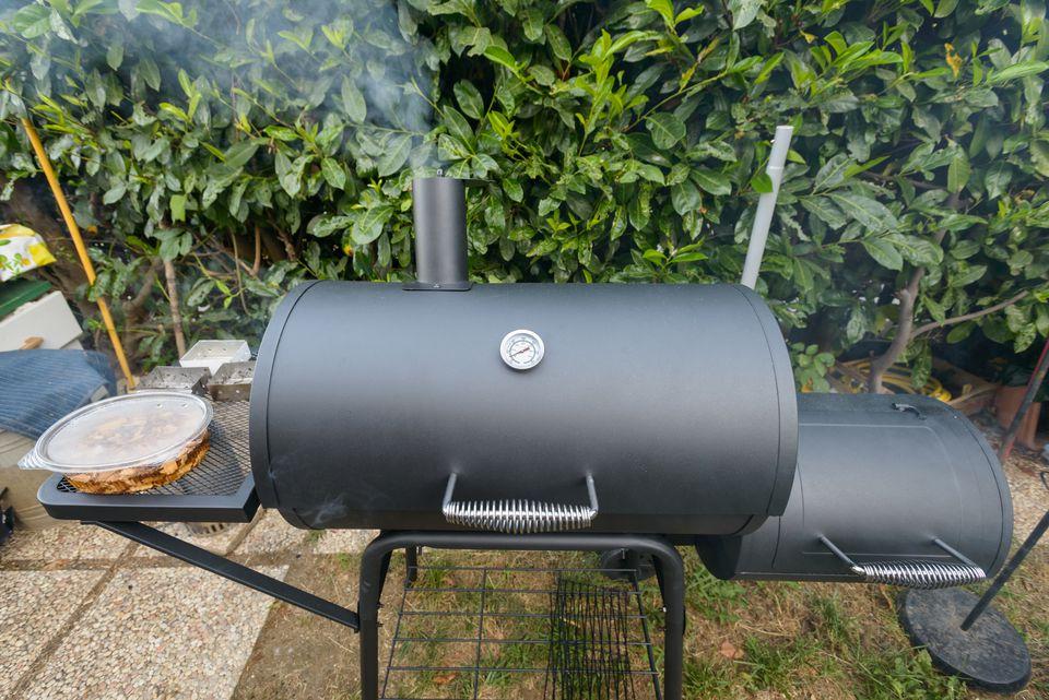 barbecue smoker kettke