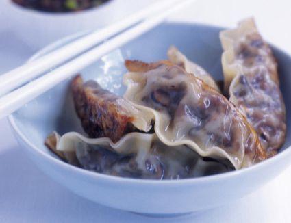 Chinese dumplings (Jiaozi) in bowl