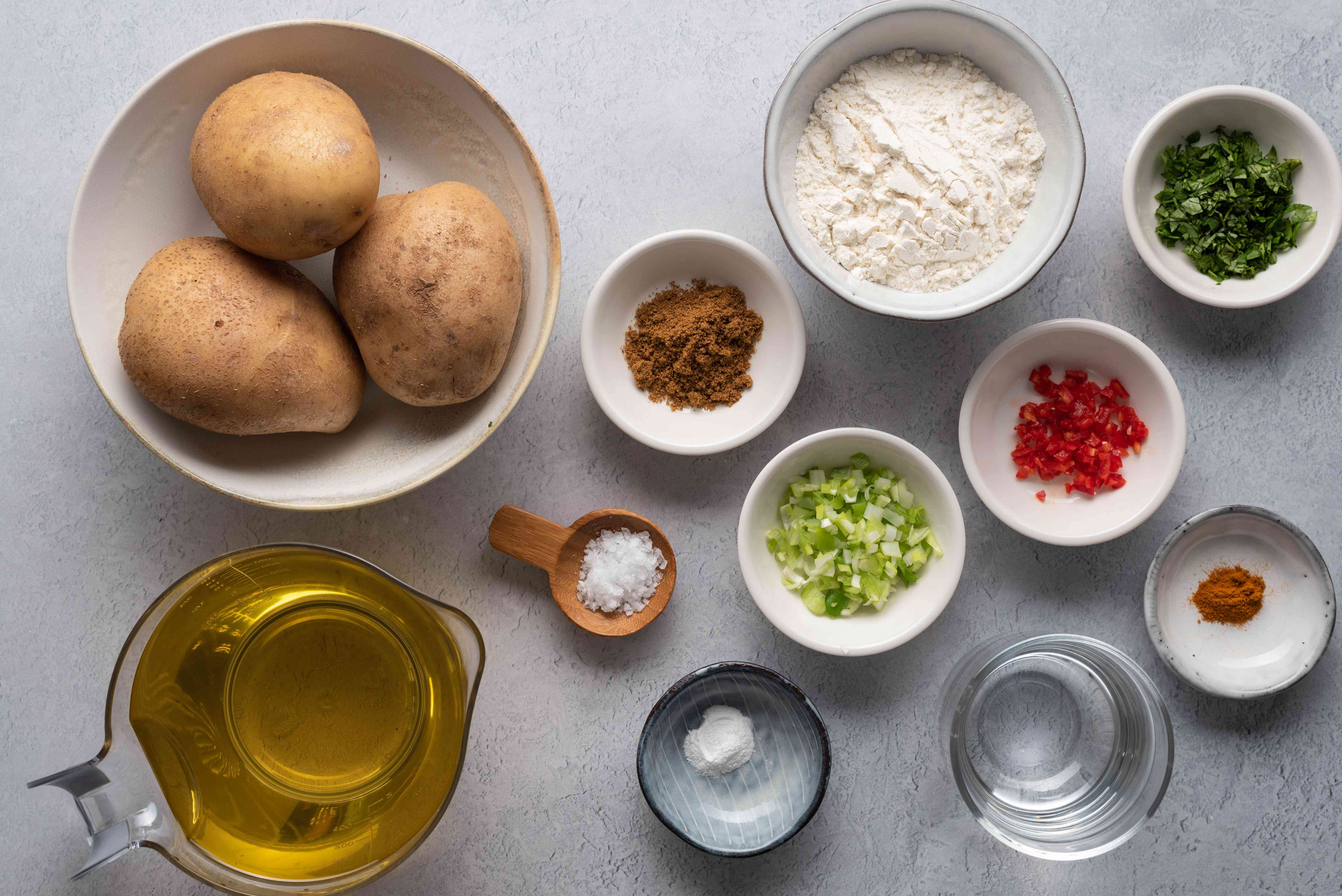 Ingredients to make aloo balls