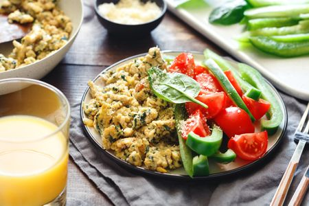 Scrambled eggs with spinach recipes scrambled eggs with spinach forumfinder Image collections