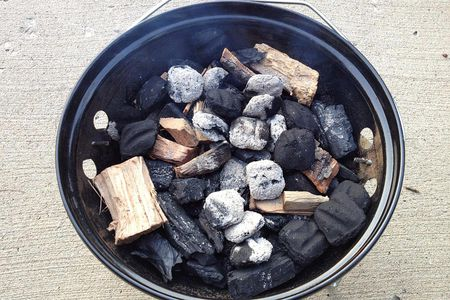 Choose the Right Wood for Smoking BBQ