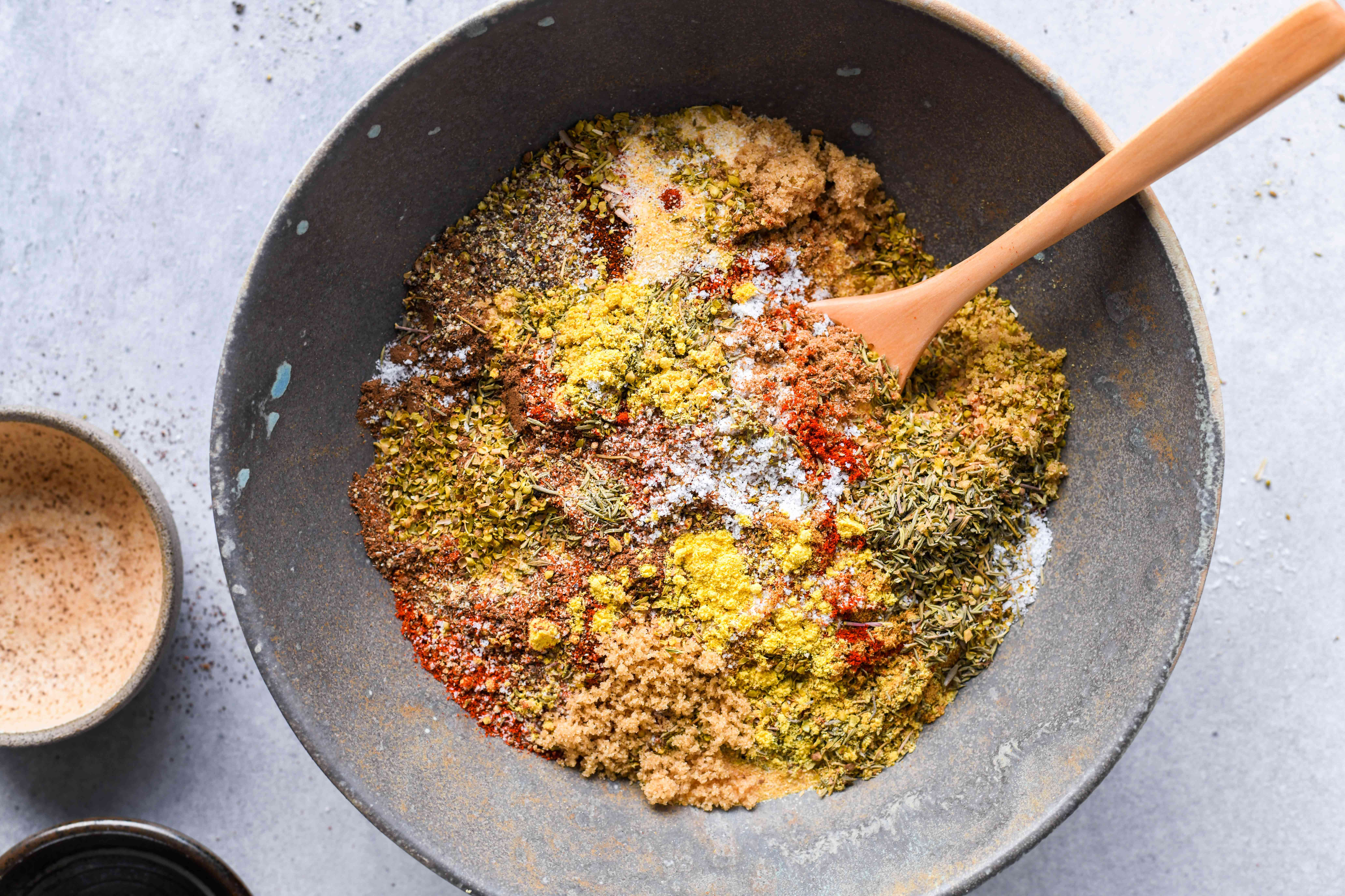 Mix the Mouthwatering Memphis Rub ingredients together