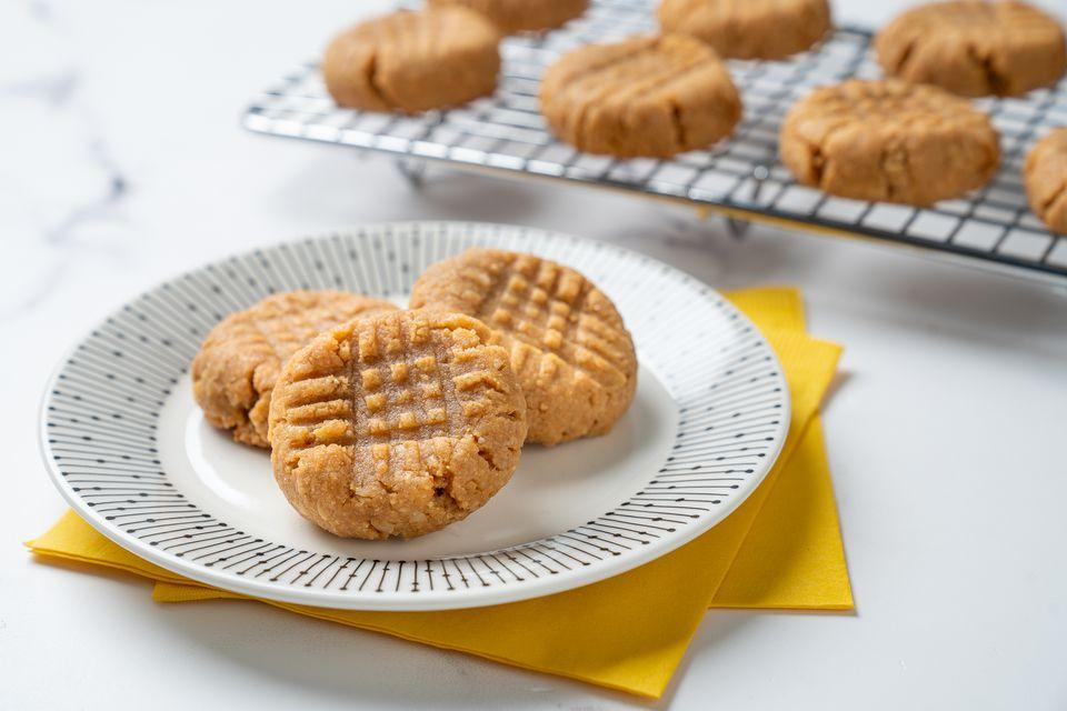 Galletas de mantequilla de maní Keto