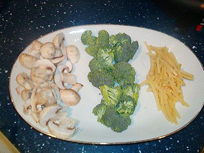 mushrooms, broccoli and bamboo shoots