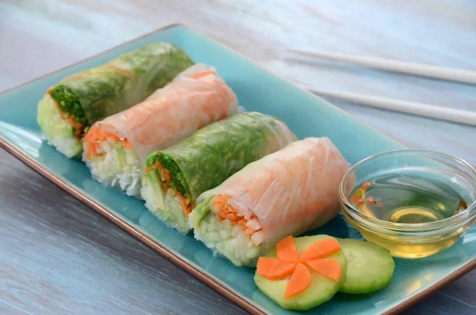 Vegan cucumber spring rolls