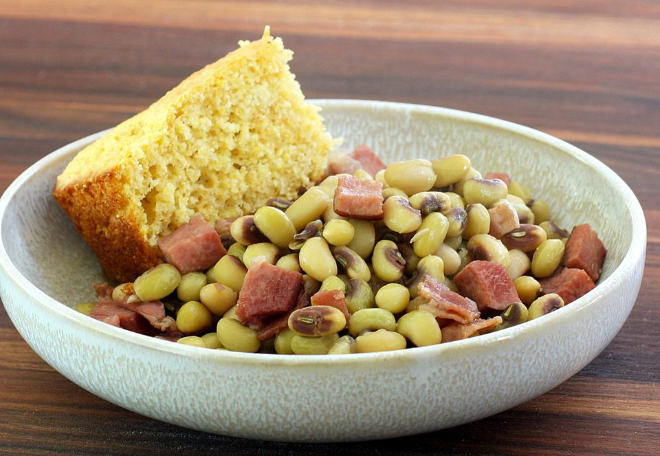 Purple Hull Peas With Ham