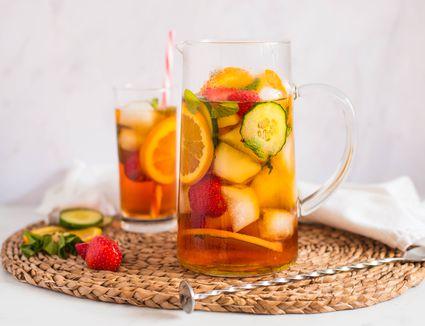 Classic Pimms and lemonade recipe
