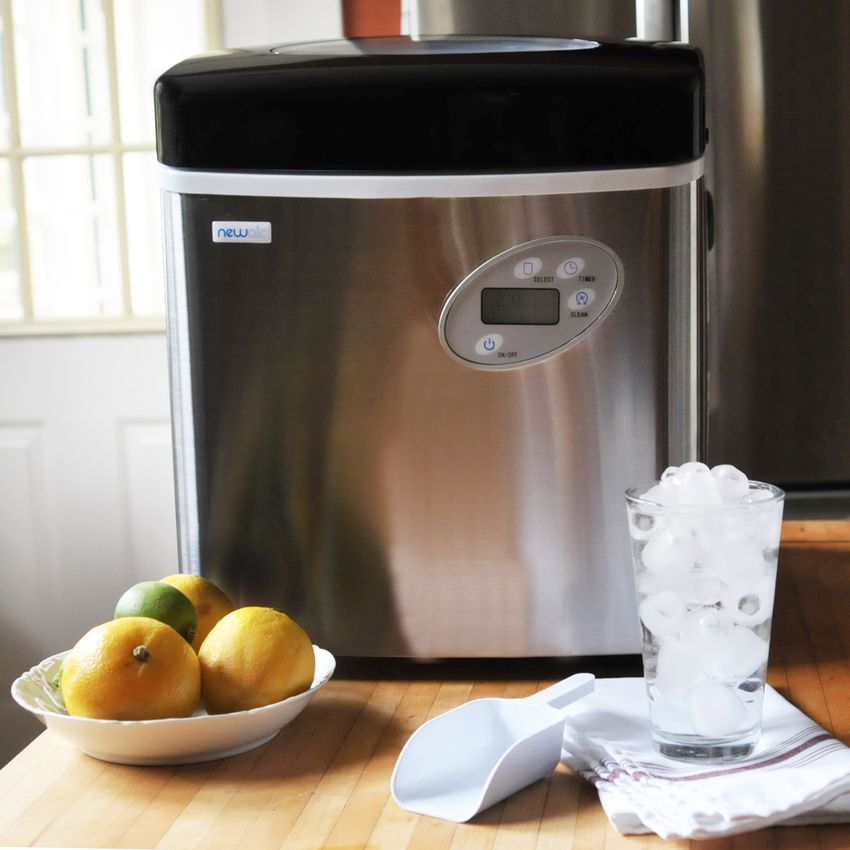 NewAir 50-lb. Portable Ice Maker