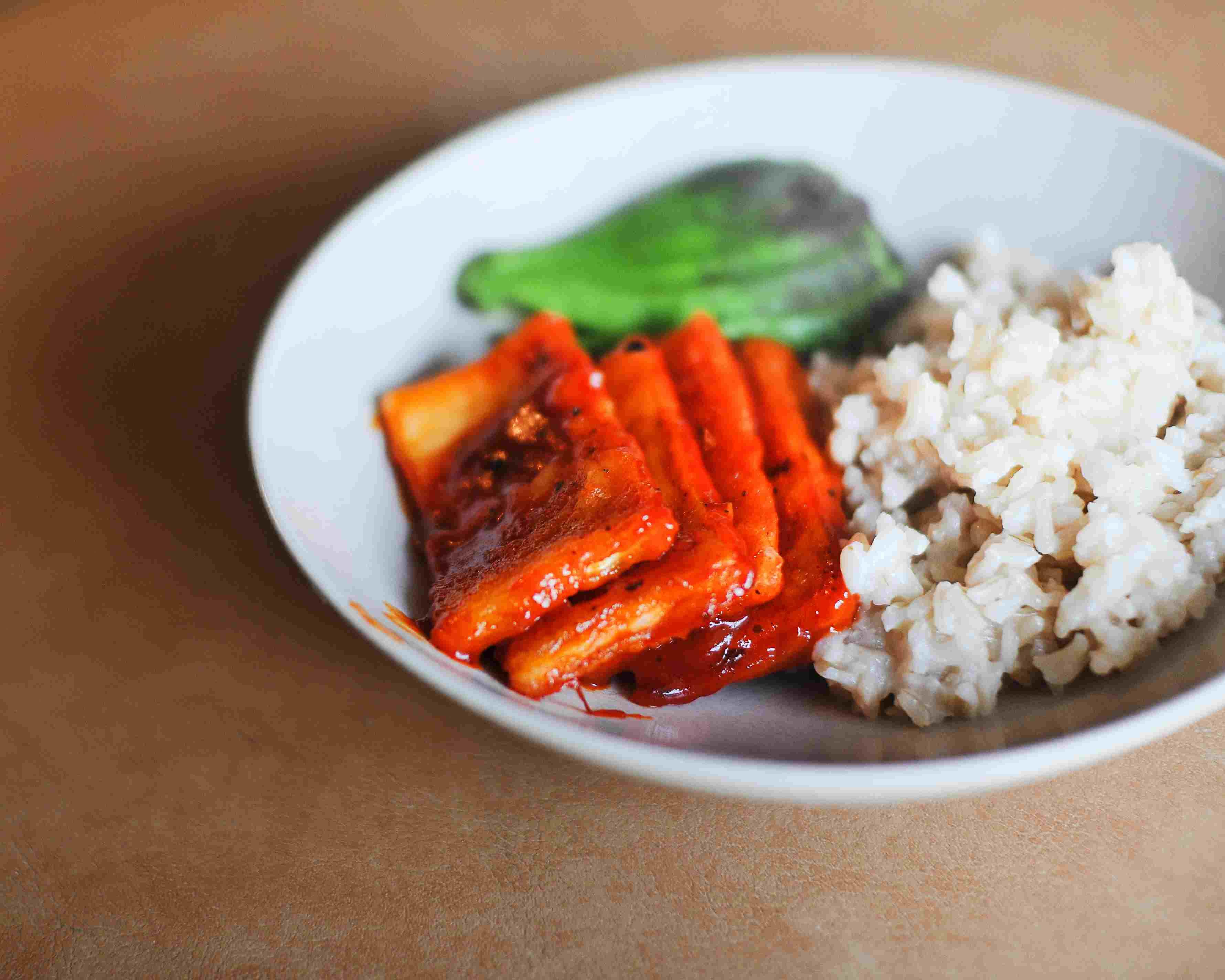 Buffalo wing tofu with rice