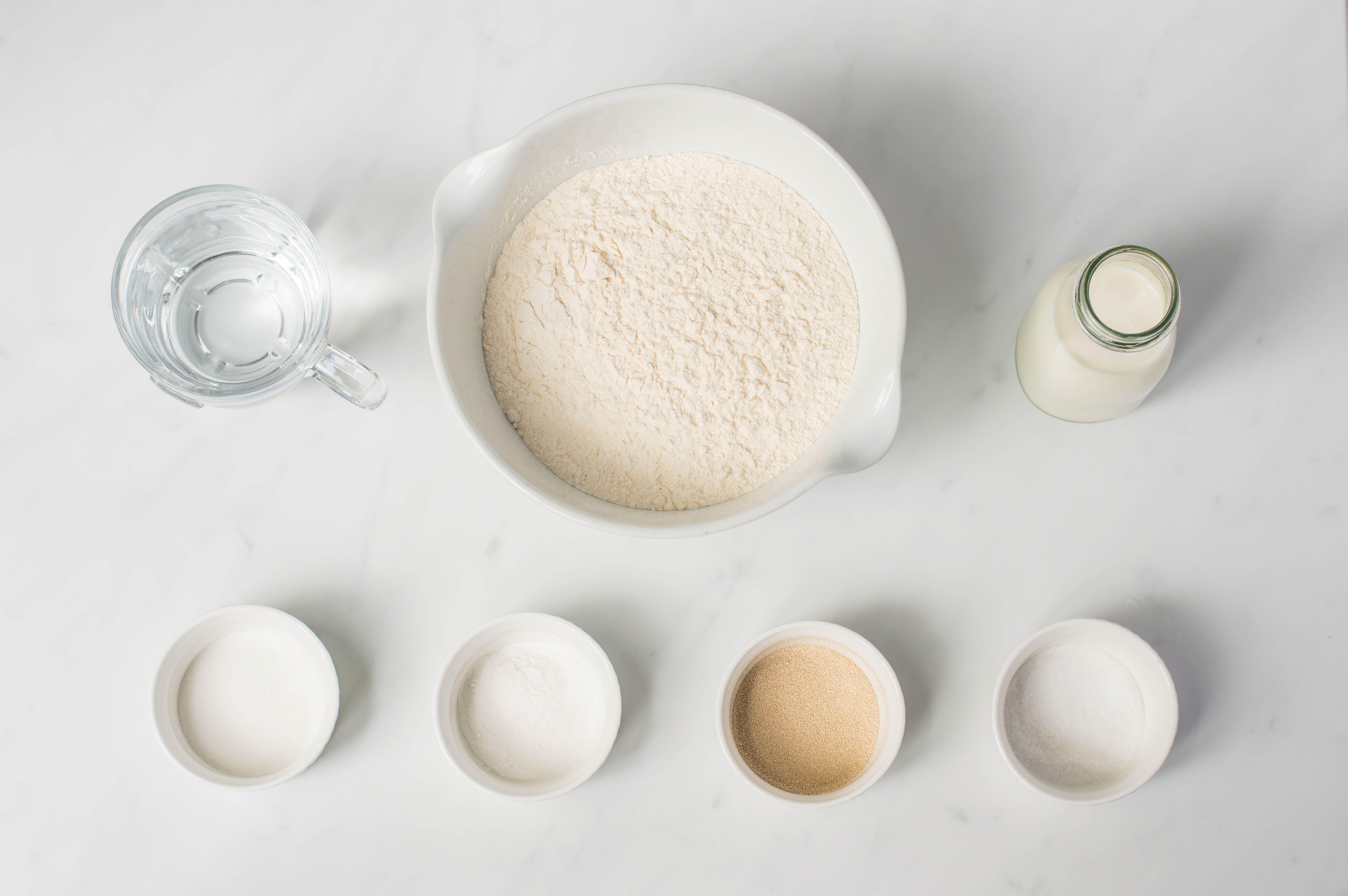 Traditional English crumpets recipe ingredients