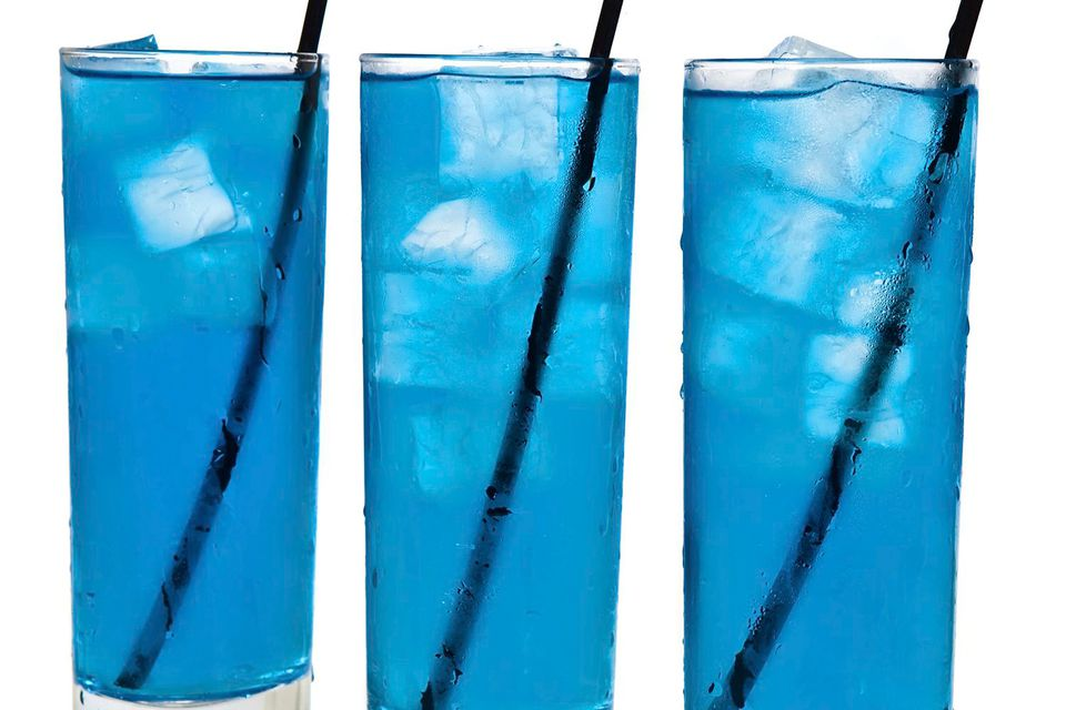 Air Force One Cocktail with Hpnotiq Liqueur