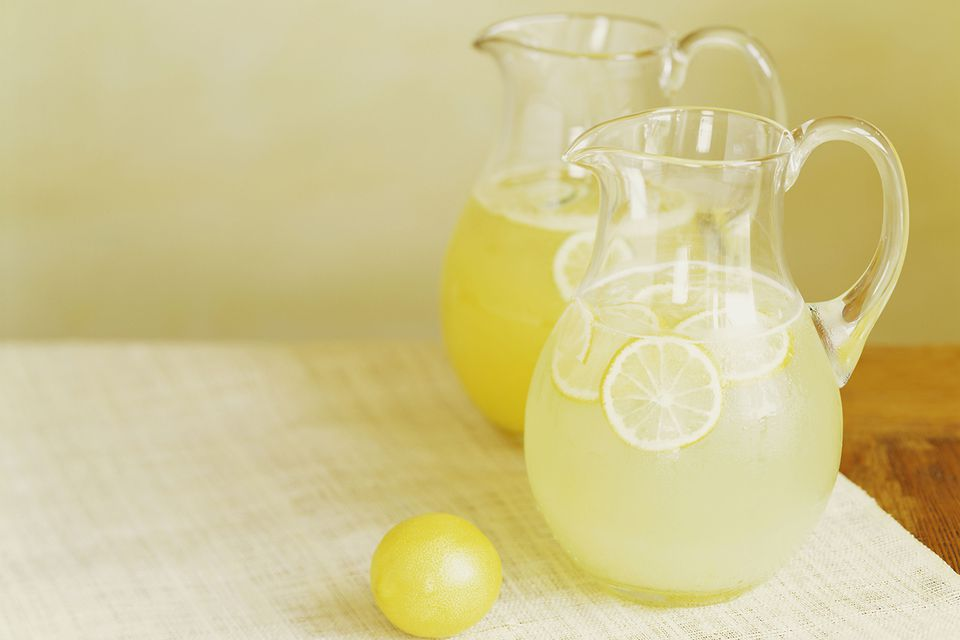 Packers Punch - Sparkling Whiskey and Lemonade Punch
