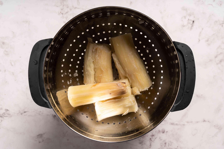 Drain cooked cassava well