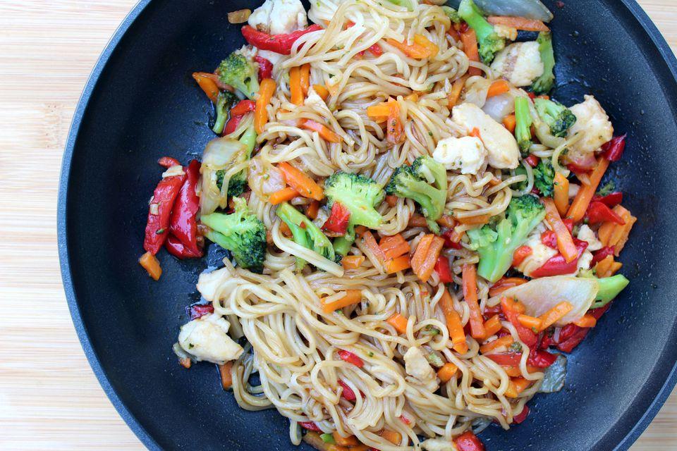stir-fry noodle