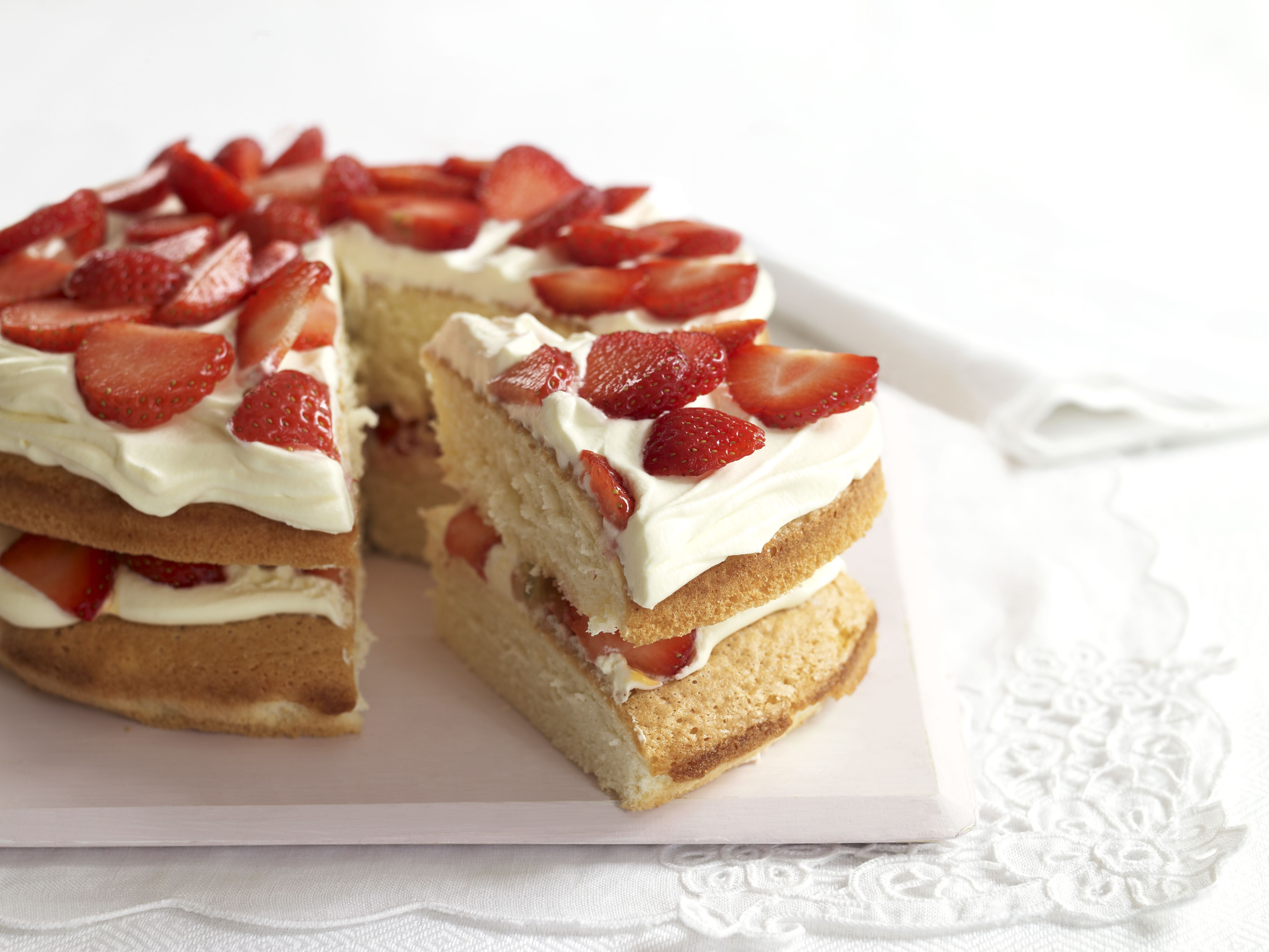 Strawberry Sponge Cake With Cream Is a Perfect Easter Dessert