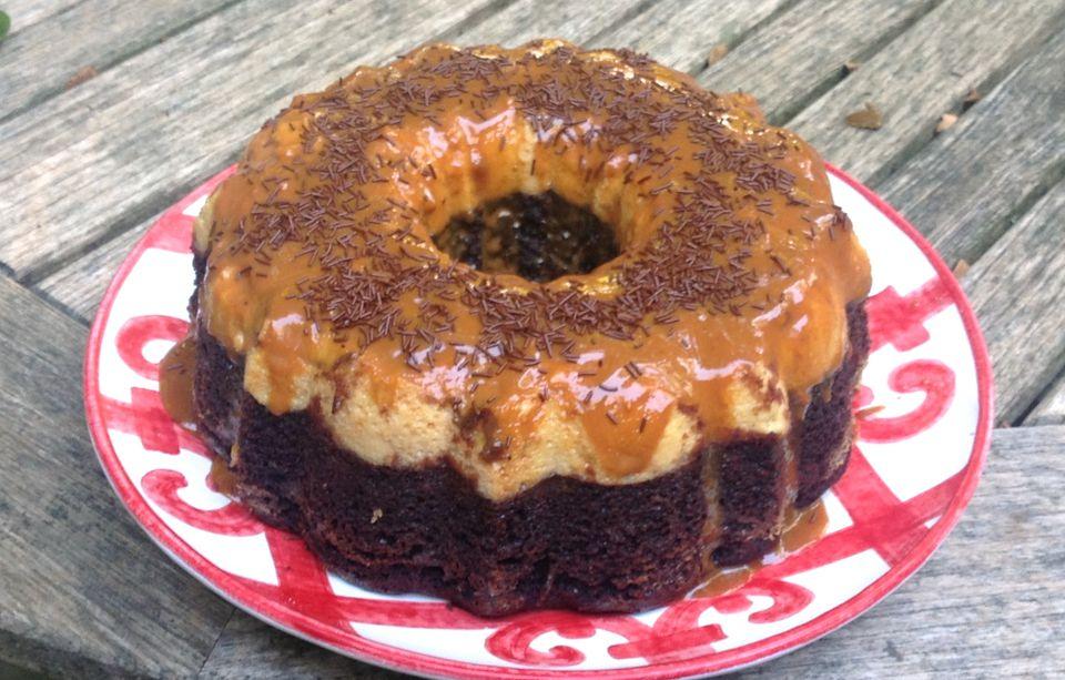 Receta de pastel de chocolate con flan