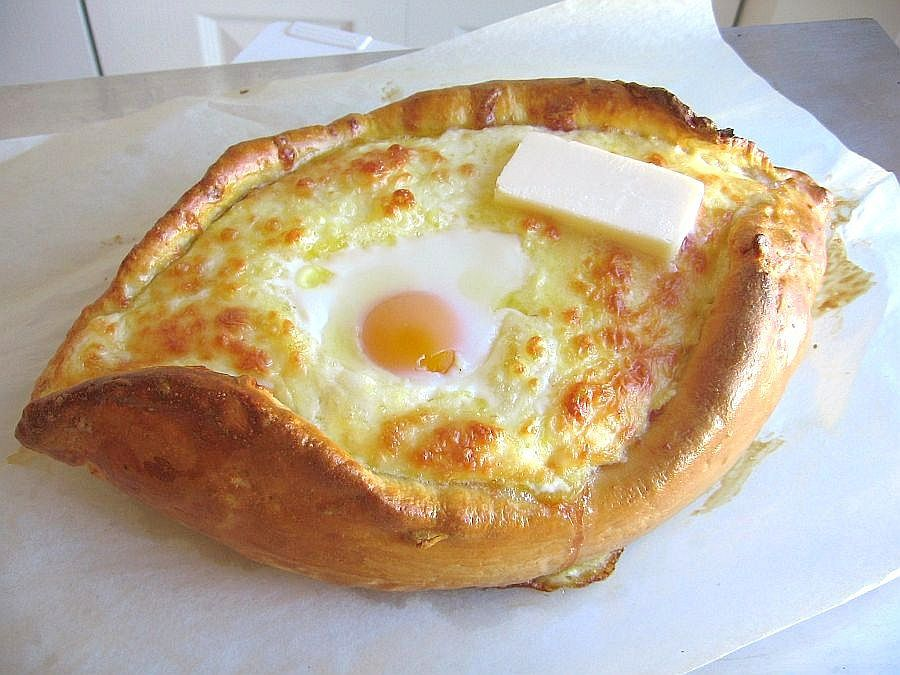 How to Make Georgian Khachapuri